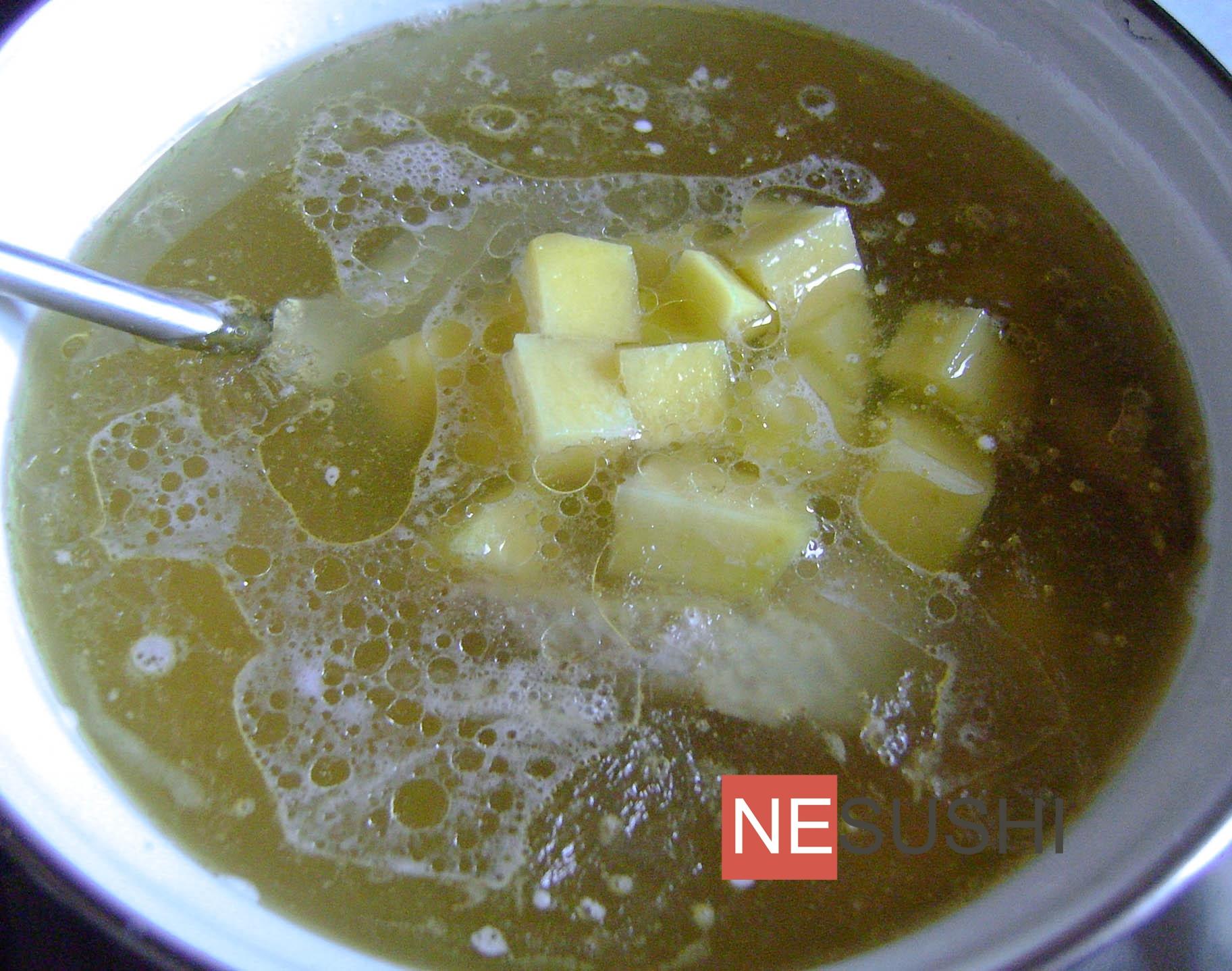 Yalın fasulye çorbası nasıl pişirilir yemek tarifleri