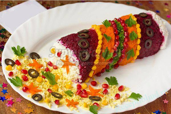 Kış için sebze salatası katmanları. Hızlı yemek tarifi
