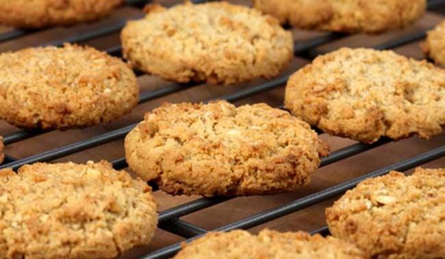 Как приготовить вкусное овсяное печенье дома